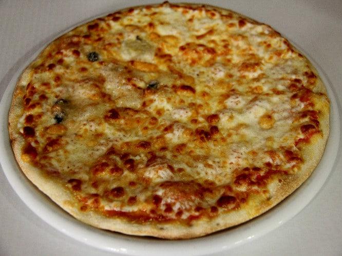 pizza-4-quesos mamma