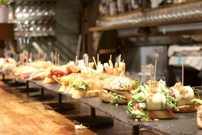¡Nos vamos de pintxos! Los mejores restaurantes vascos de Barcelona