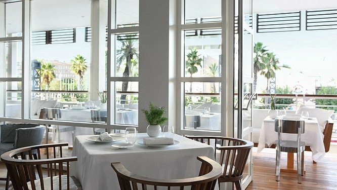 restaurantes de lujo en barcelona enoteca 6