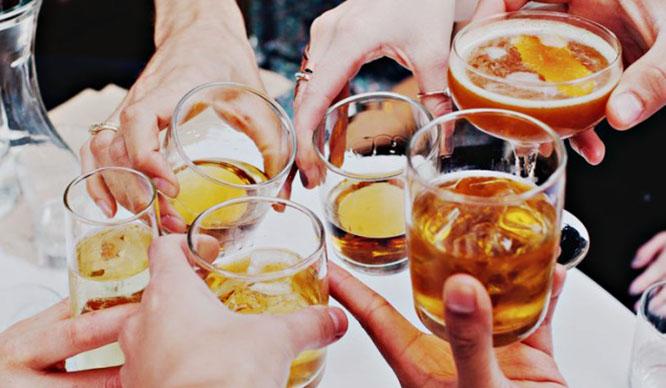 Afterwork en Barcelona: 5 planes en los que la cerveza MANDA