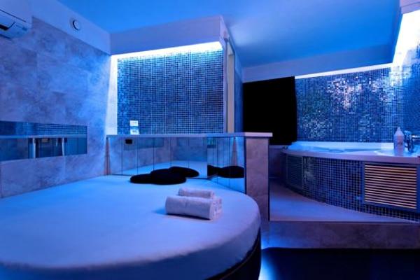 love rooms