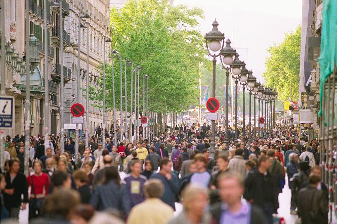 Barcelona, en riesgo por exceso de turistas