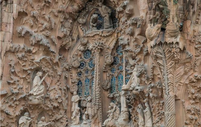 Gaudi-Sagrada-Familia-Nativity-Barcelona-4