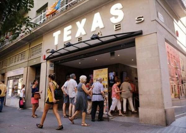 fachada-cinemes-texas-vila-gracia-1469543077057