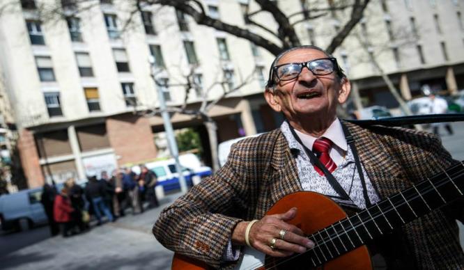 Muere Bernardo Cortés, el poeta de la Barceloneta