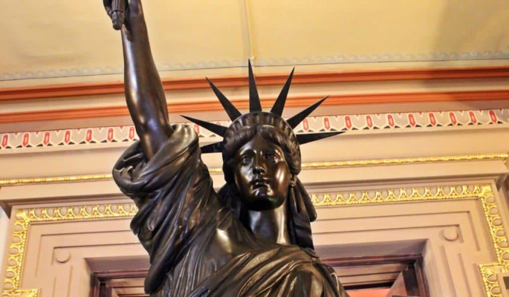 Barcelona también tiene su estatua de la Libertad