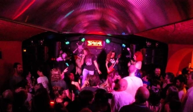 karaokebar2