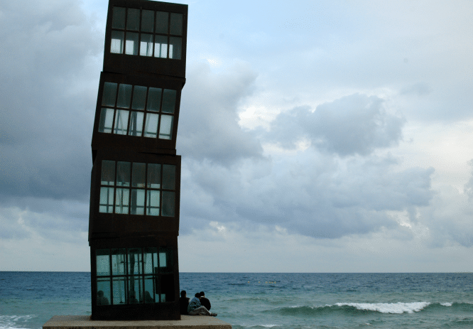 estatuas abstractas