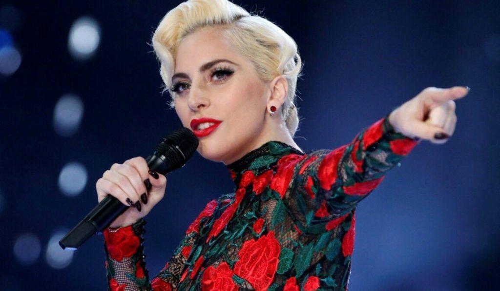 Lady Gaga suspende sus dos conciertos en Barcelona