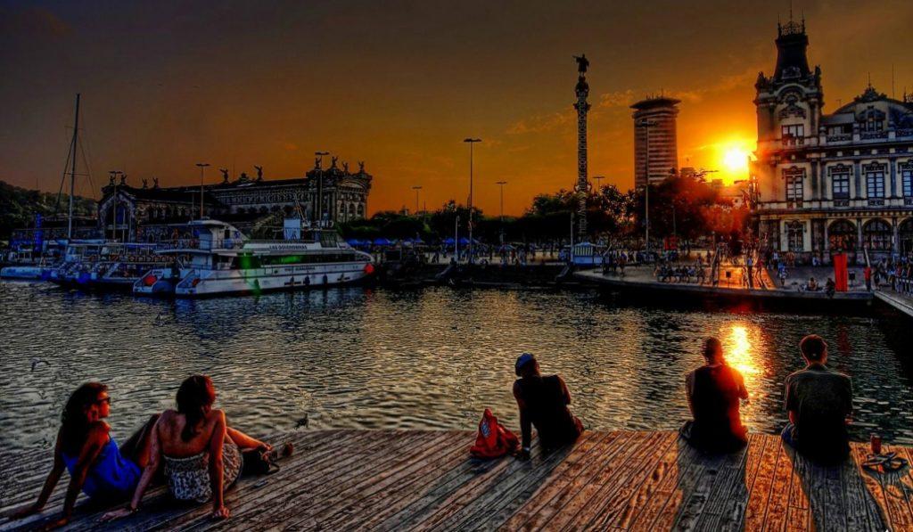 Atardecer en Barcelona: Belleza sin filtros