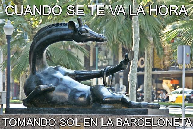 Barcelona convertida en memes a través de sus obras de arte