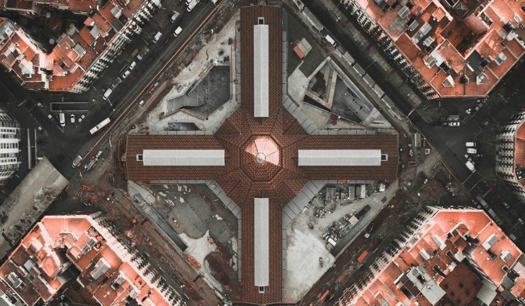 El Mercat de Sant Antoni debería abrir finalmente en mayo