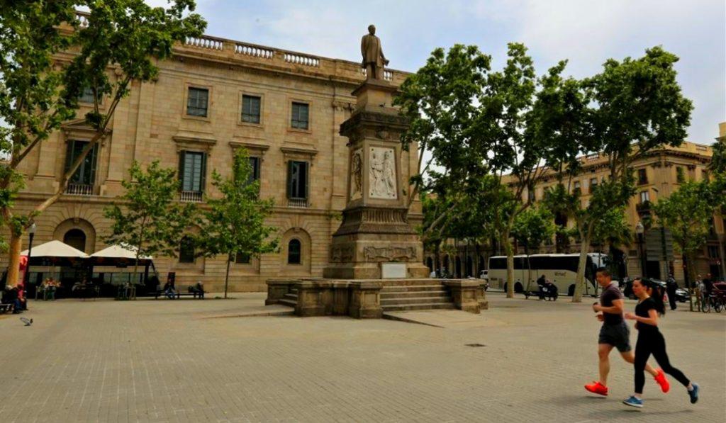El Ayuntamiento de Barcelona retirará la estatua de Antonio López