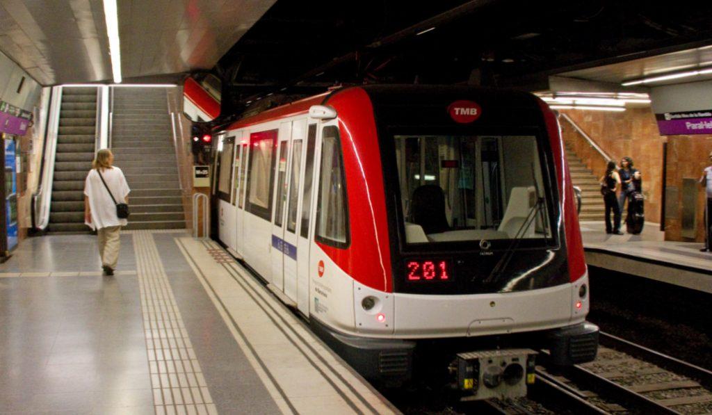 El plano del metro de Barcelona que te pondrá a dieta