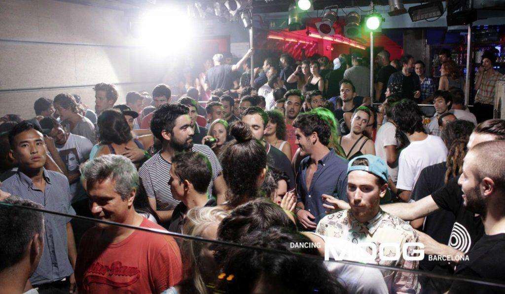 El Moog: el sórdido referente de la música electrónica en Barcelona