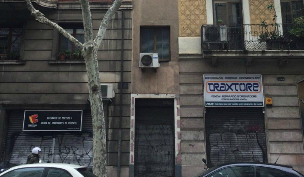 Desvelado el misterio de la casa más estrecha de Barcelona