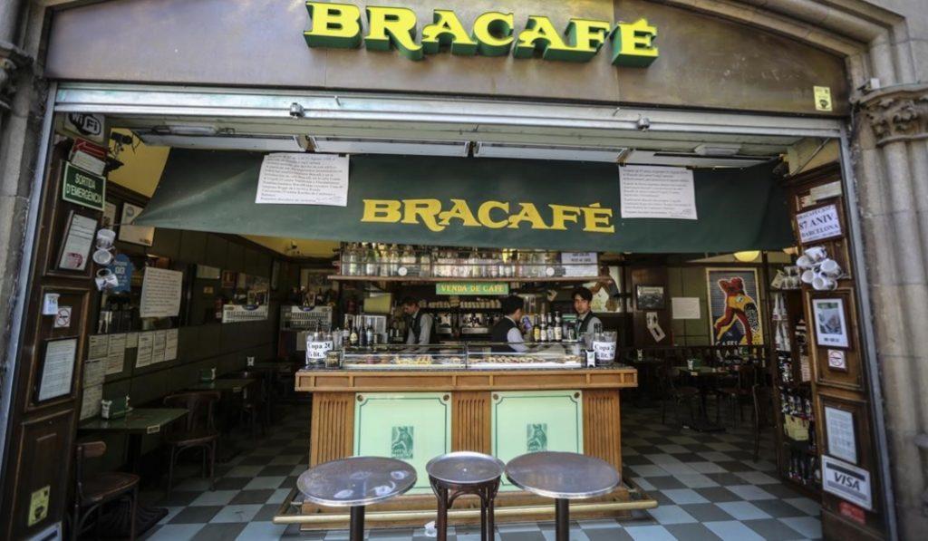 Cierra uno de los locales más emblemáticos de Barcelona