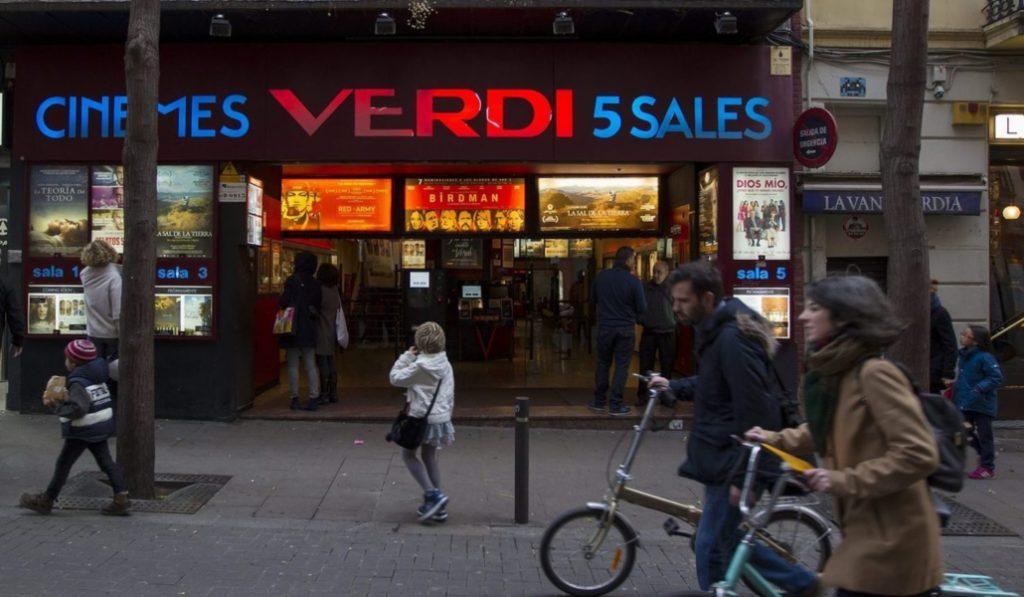 Calle Verdi: todo el encanto de Barcelona en 12 lugares