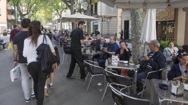 icoy34069095-barcelona-2016-turistas-las-terrazas-160530205005-1464634390319