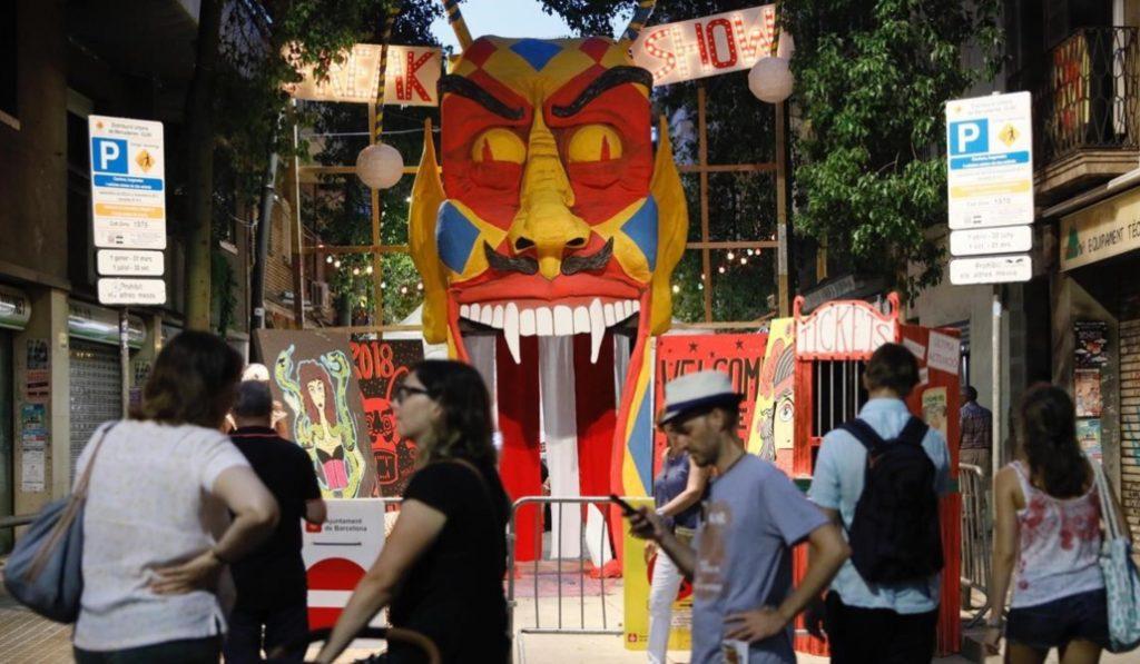 Esta calle ha ganado el concurso de la Fiesta Mayor de Sants