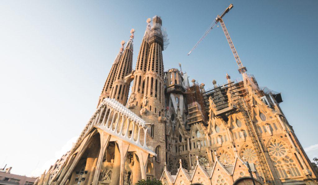 La Sagrada Familia será el edificio más alto de Barcelona en 2022