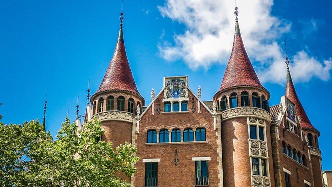 Casa_de_les_punxes_Barcelona_c2