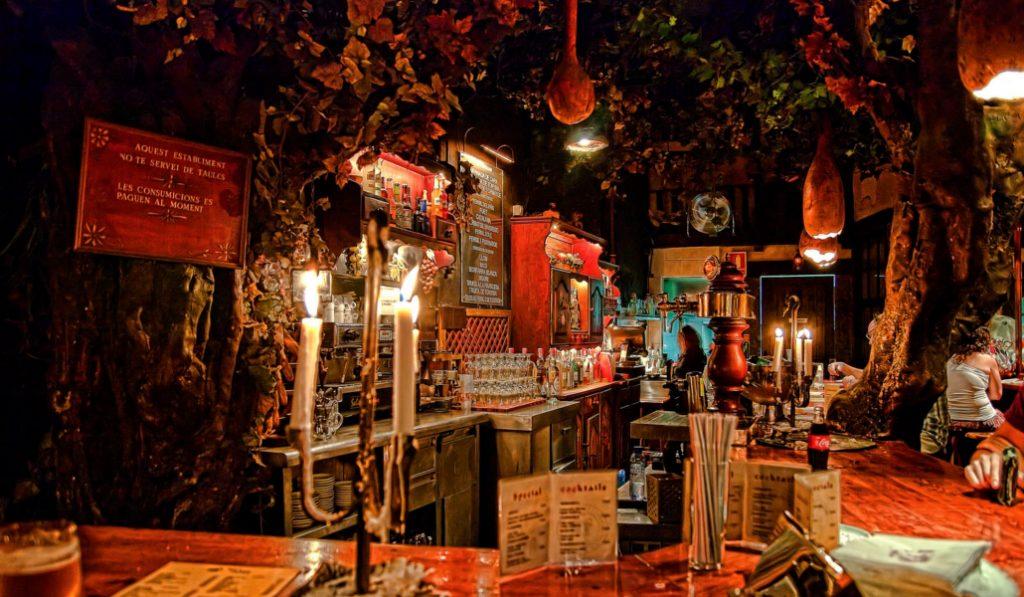 Los 5 bares más frikis de Barcelona