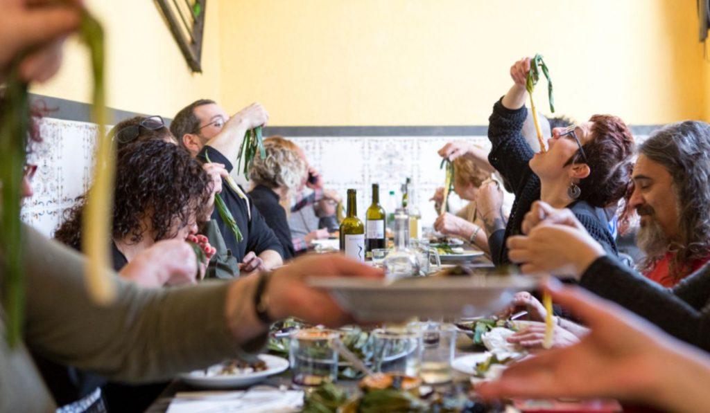 Contra la turistada: los mejores restaurantes a los que lleva a tus visitantes