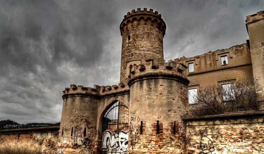 Castillo Torre Salvana: psicofonías y presencias fantasmales al lado de Barcelona