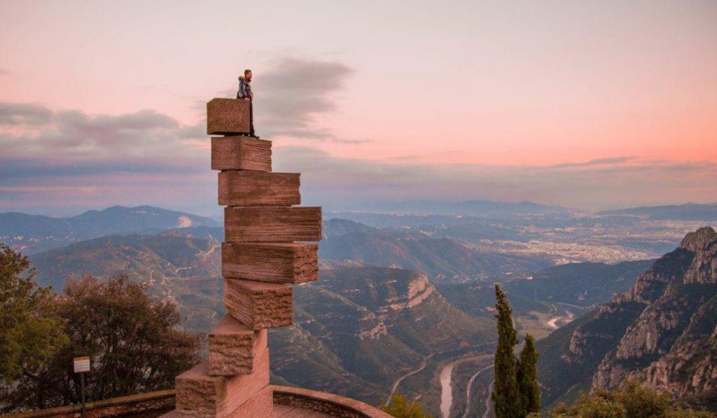 Las escaleras menos prácticas y más espectaculares de España están en Montserrat