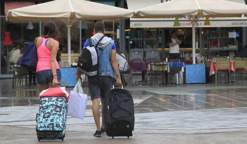 Nadie en Barcelona podrá desde hoy alquilar habitaciones a turistas