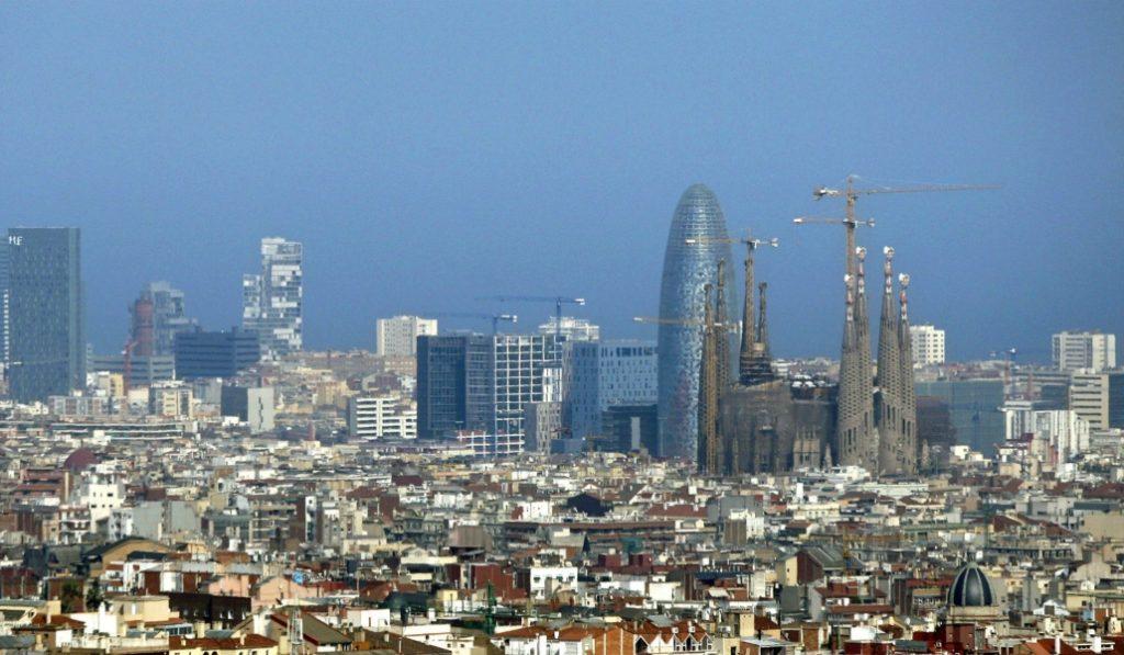 Barcelona es la gran ciudad española con más inversión social por habitante