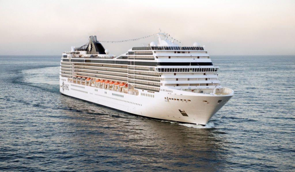 El primer crucero que da la vuelta al mundo sale de Barcelona