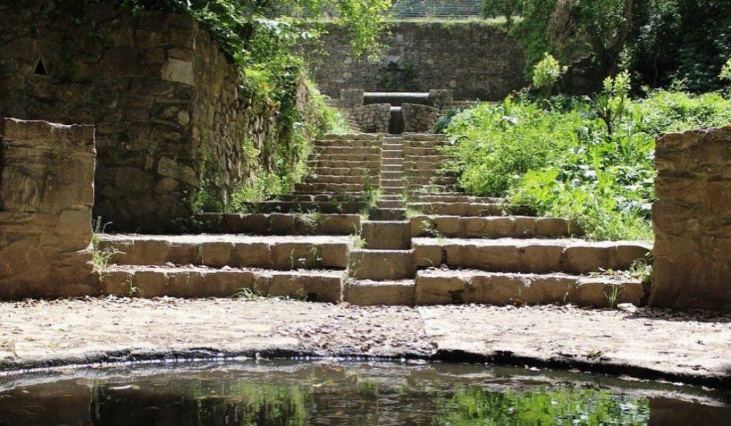 Fuente de la Budellera, un rincón precioso con el mejor agua de BCN