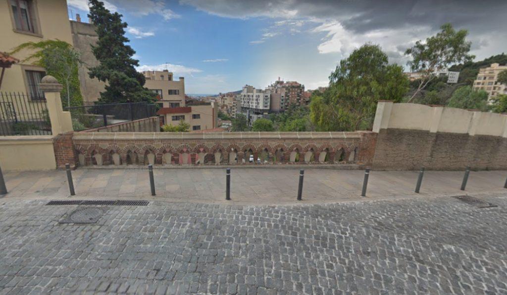 Plaza de Mons, uno de los miradores más admirables y desconocidos de BCN