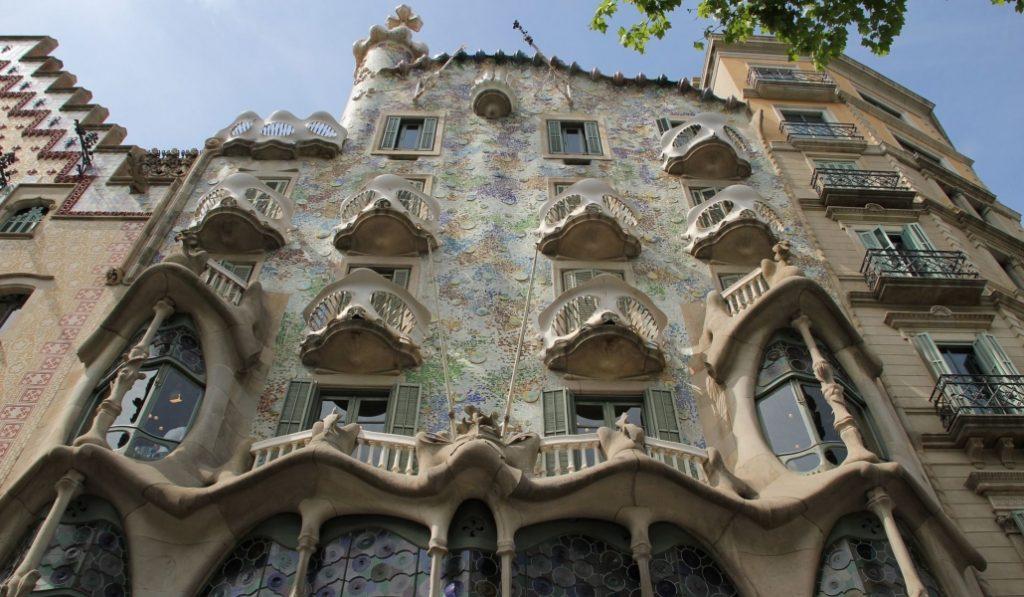 Dentro de un mes podrás andar por la fachada de la Casa Batlló