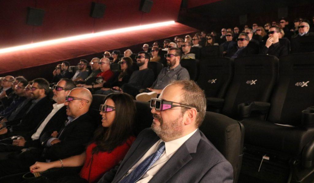 Barcelonesas, bienvenidas al siglo XXI: el cine inmersivo ya está aquí
