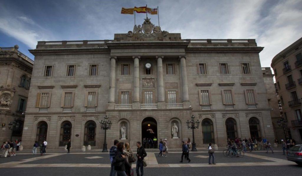 El Ayuntamiento de Barcelona tiene la deuda más baja de toda la década
