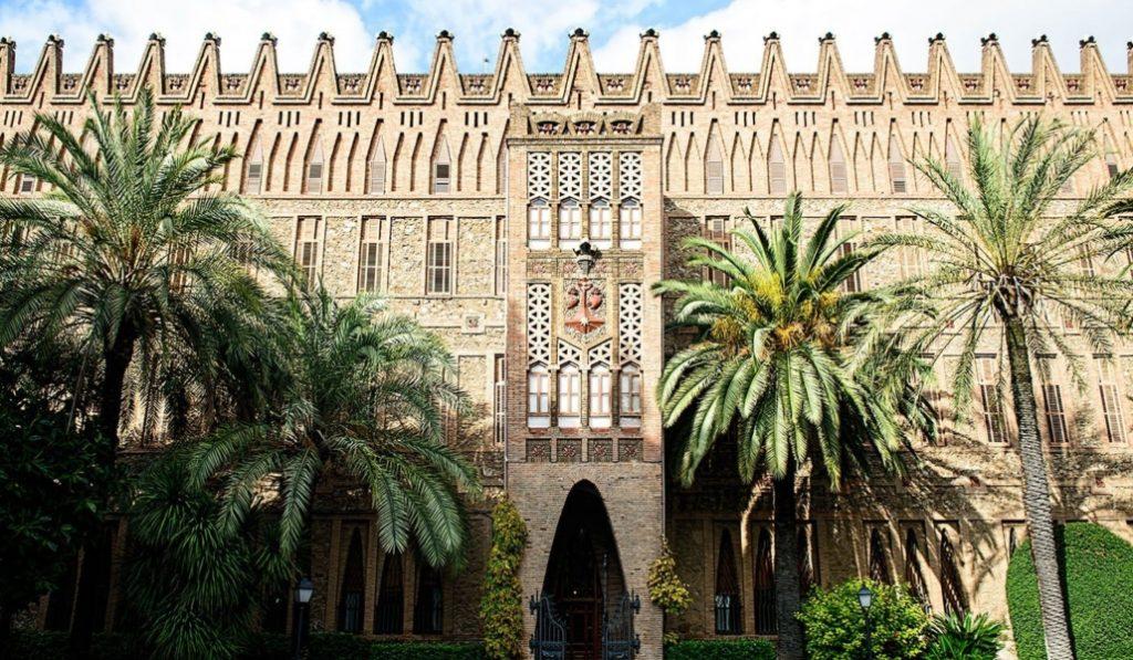 El Colegio de las Teresianas, una obra desconocida y ¿menor? de Gaudí