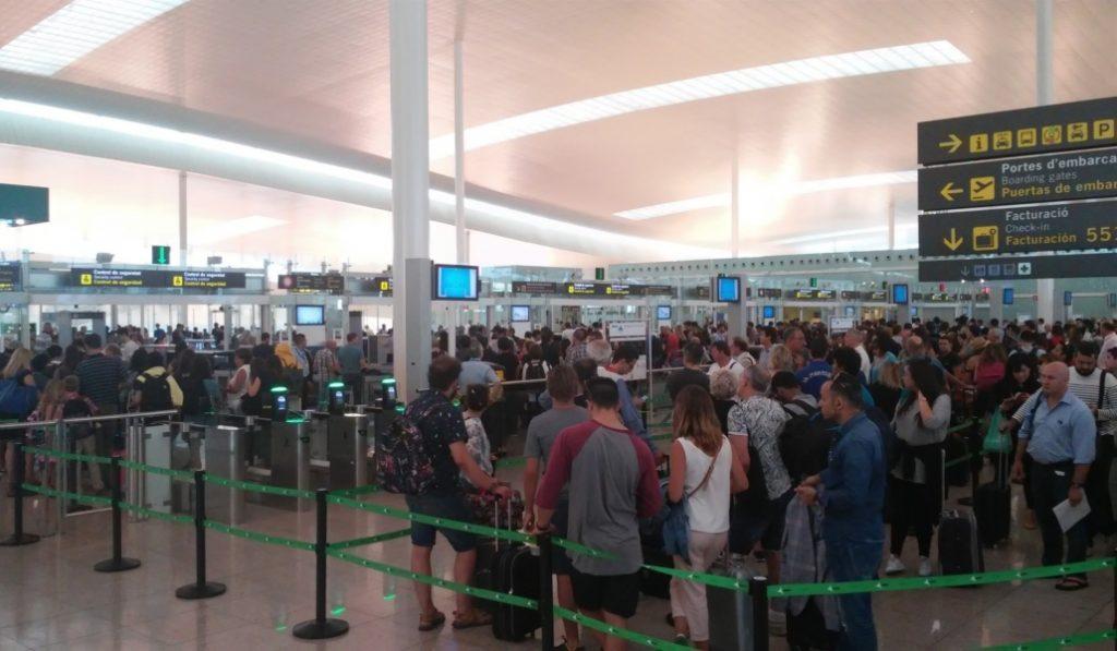 El aeropuerto de BCN es el más impuntual de España