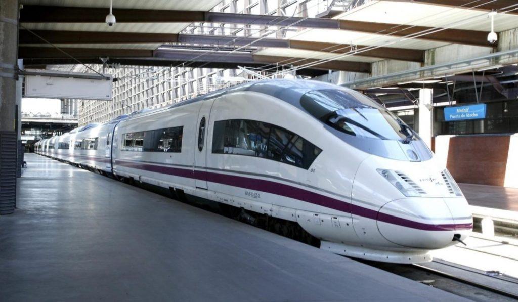 El AVE Madrid-Barcelona tendrá Wifi dentro de tres semanas