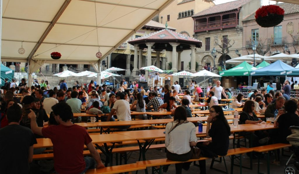 Hoy mismo empieza la Fiesta de la Cerveza en el Poble Espanyol