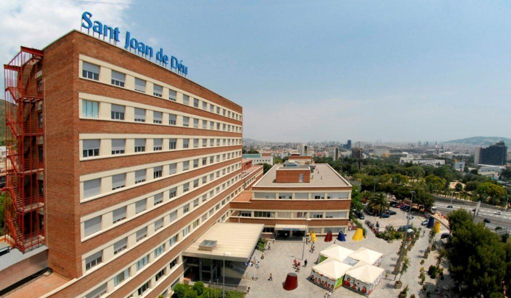 Curan con éxito la leucemia de un niño en un hospital público de BCN