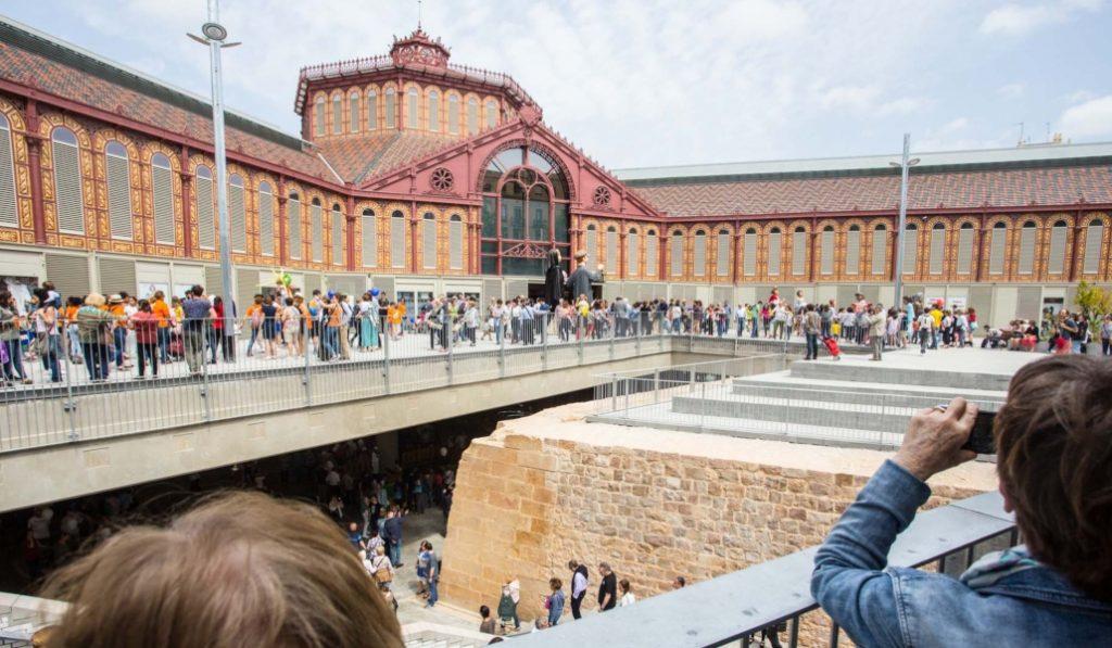 El Mercado de Sant Antoni limita la entrada a grupos de turistas