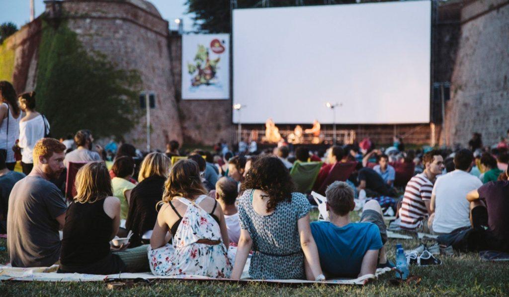 Últimas sesiones en el cine al aire libre de Montjuïc