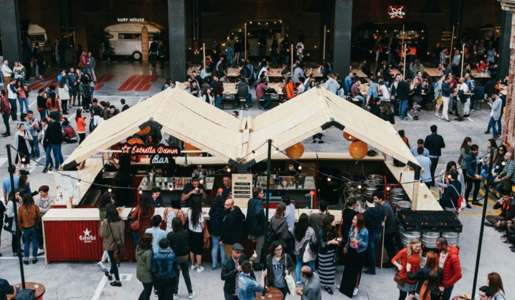 Este finde, foodtrucks y conciertos: el Van Van Market ya está de vuelta
