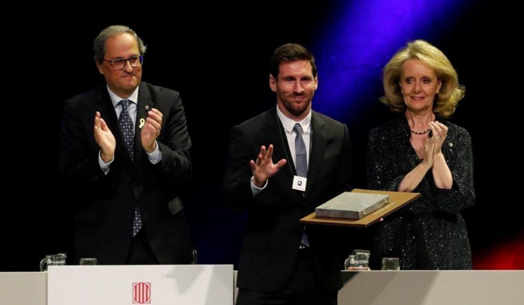 Leo Messi recibe la Creu de Sant Jordi