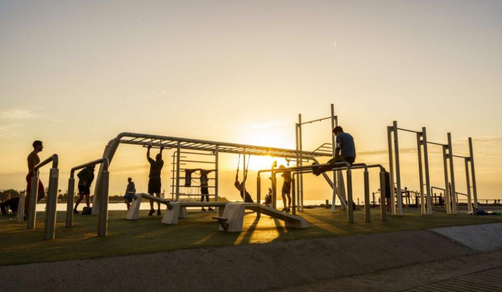 Nike abre un gimnasio gratuito (al aire libre) en la Barceloneta