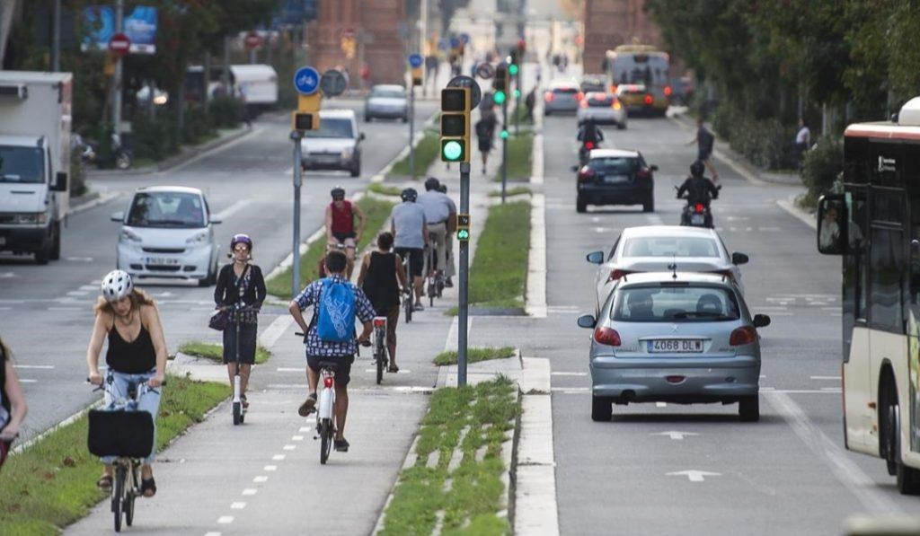 Hasta 6 años de cárcel por imprudencias graves en bici o patinete