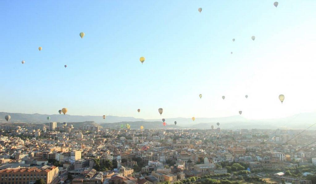 Este finde es el festival de globos aerostáticos más importante de Europa
